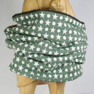 Grüner Loop-Schal mit hellen Sternen und Punkten