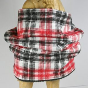 Heller Loop-Schal mit rot-schwarzem Karomuster