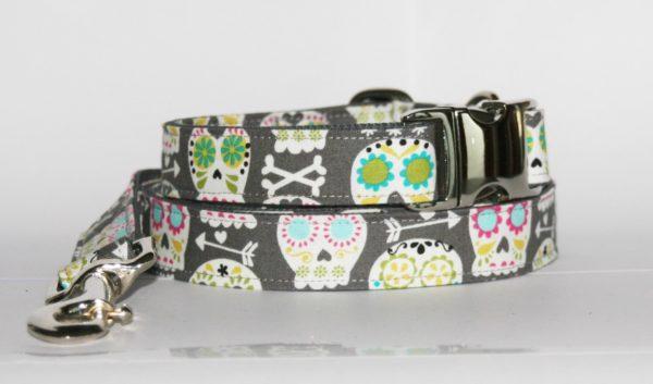 Hundehalsband und Hundeleine mit Totenkopf-Print Rocky als Set in unterschiedlichen Varianten erhältlich!