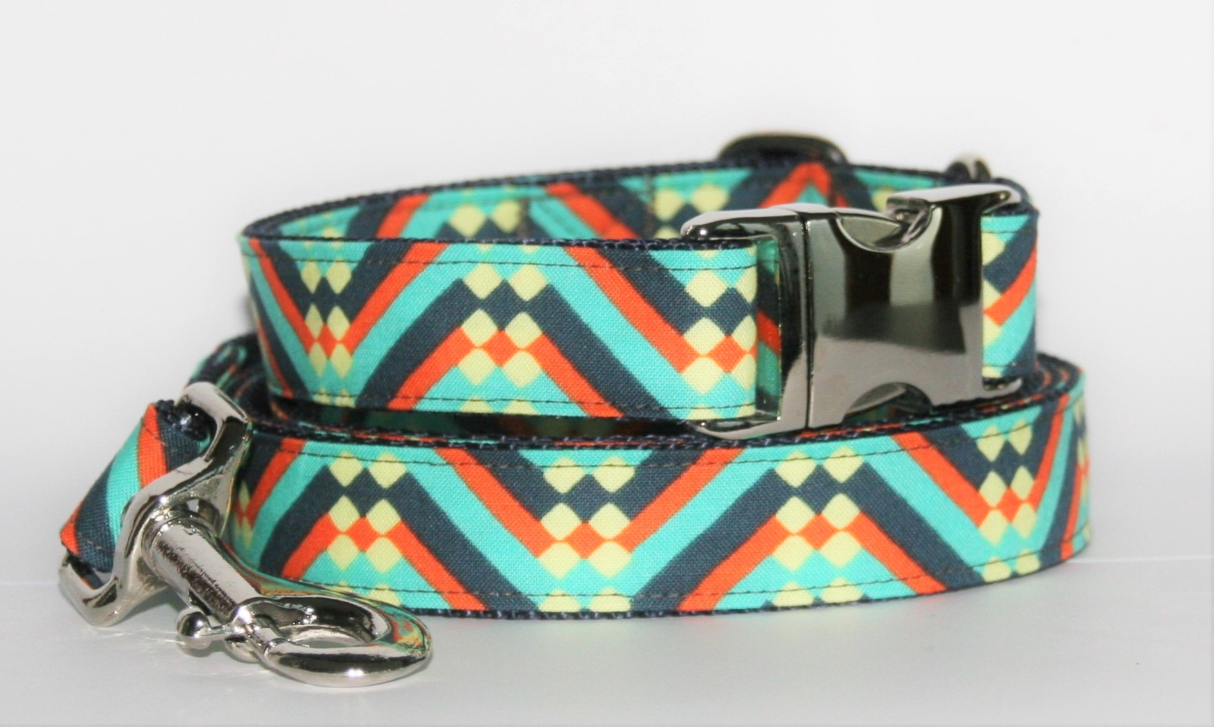 Hundehalsband und Hundeleine rot-blau-grün Ethno als Set in verschiedenen Varianten erhältlich