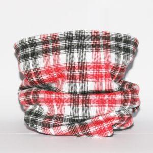 Loop-Schal weiß mit rot-schwarzem Karomuster ein Muss für kalte und nasse Tage!