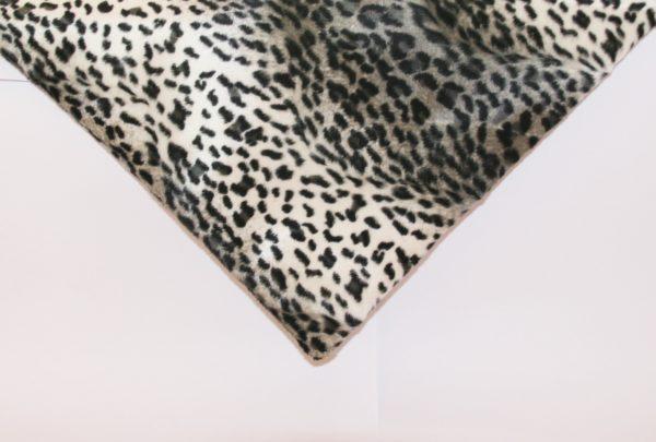 Hundedecke Tierprint Leopard Detailansicht